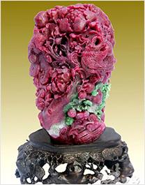 红宝石雕刻工艺品